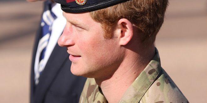 Principe Harry si sfoga con i media, 'Tutti hanno diritto a una vita privata'