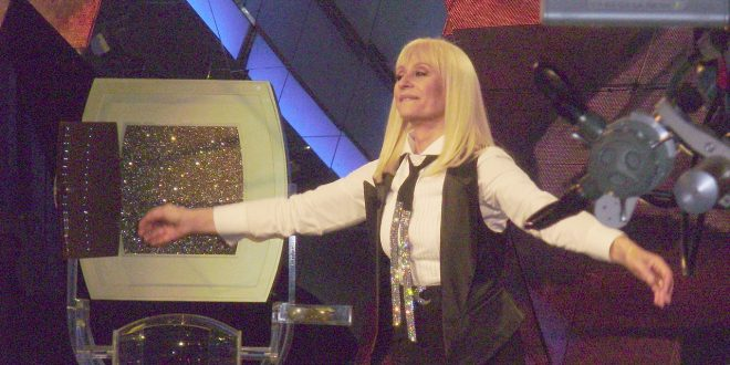 The Voice of Italy 2016, per Raffaella Carrà addio in diretta Tv