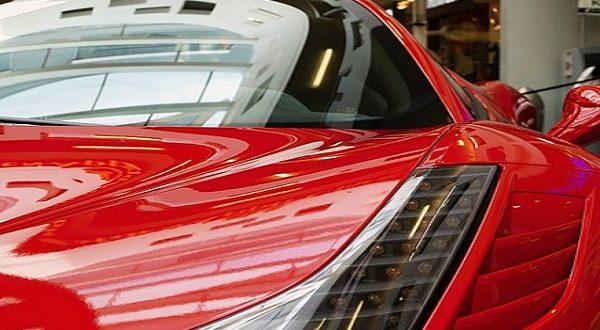 Dentista di Sassari risultava nullatenente e girava in Ferrari