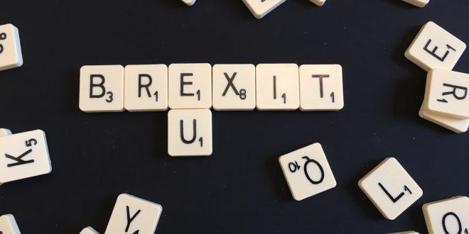 Crollo Borse oggi venerdì 24 giugno 2016, panico da Brexit