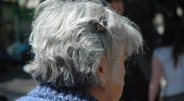 Invecchiamento cellulare, ricercatori scoprono molecole che bloccano i segni del tempo