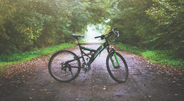 incidente gorlago ciclista morto
