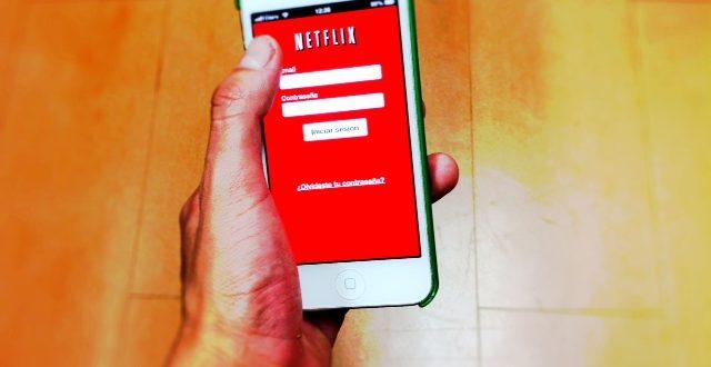 Netflix, film e serie tv in streaming ora con i giga sempre sotto controllo