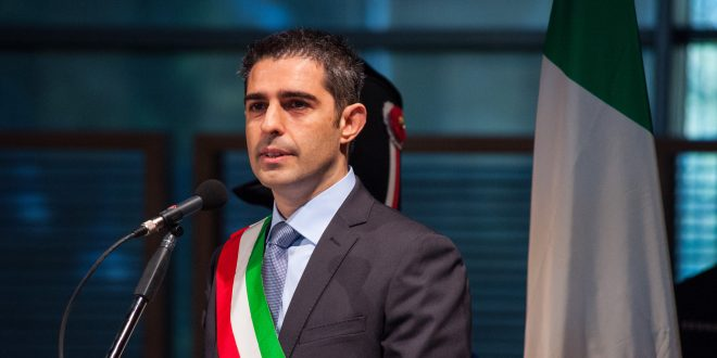 Parma Federico Pizzarotti, di questi tempi a fare il sindaco 'Ci vuole un pazzo'