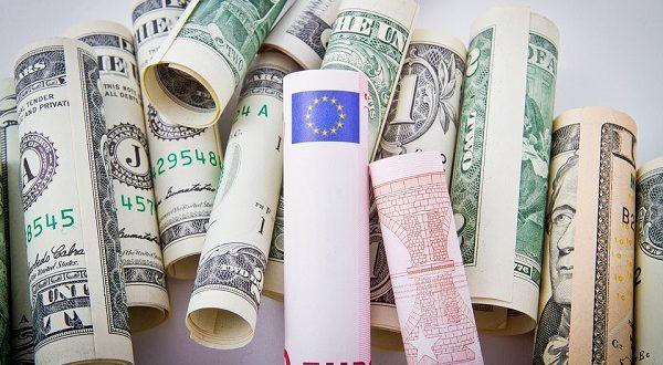 Cambio euro dollaro, c'è vita oltre la moneta unica
