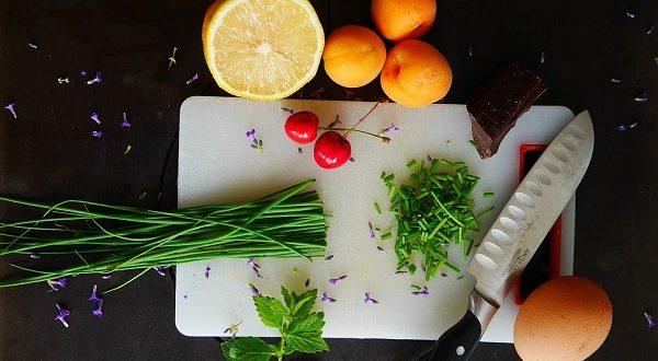 Dieta, frutta e verdura fino a 10 porzioni al giorno per allontanare diverse malattie