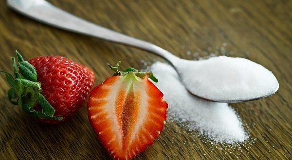 Salute bambini, troppo zucchero danneggia il fegato dei più piccoli